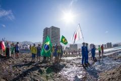 Team Japan and Brasil. PHOTO: ISA / Pablo Jimenez