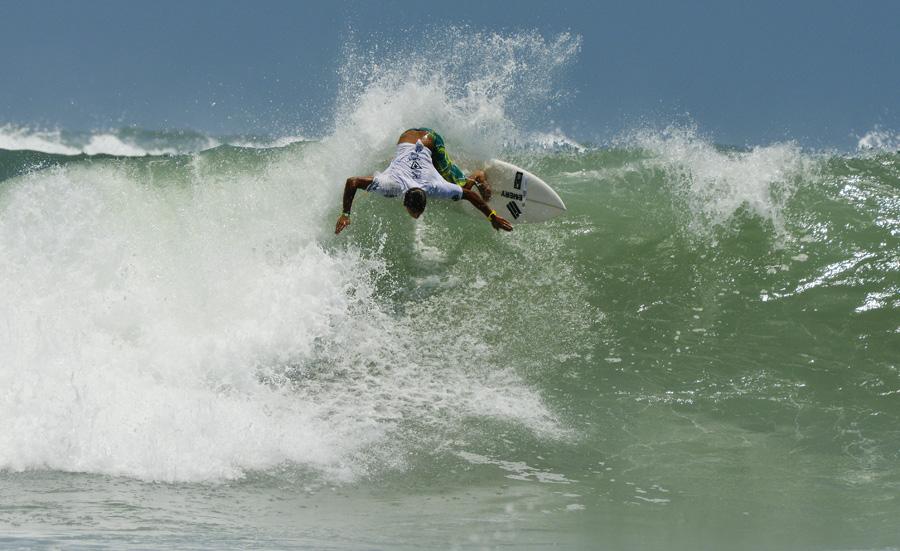 Boy´s U-18 World Champion Luan Wood from Brazil. Photo: ISA/Michael Tweddle