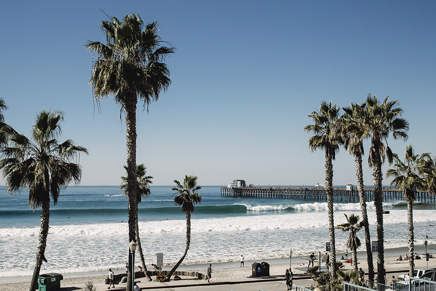 Sunny, clean conditions are typical for fall in Oceanside, California. Photo: Chris Grant/JettyGirl