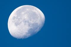 Azores Moon. PHOTO: ISA / Rezendes