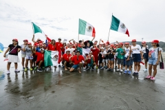 Team Mexico and Japan. PHOTO: ISA / Ben Reed