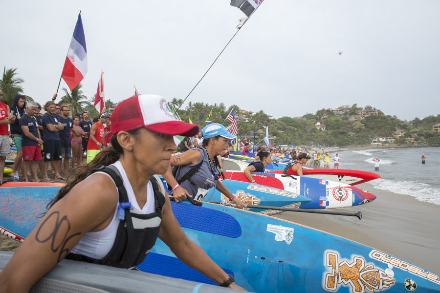 The Women's SUP and Paddleboard Distance Race kicked off the first day of racing competition at the 2015 ISA World StandUp Paddle and Paddleboard Championship Presented by Hotel Kupuri in Sayulita, Riviera Nayarit, Mexico. Photo: ISA/Reed