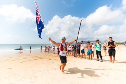 Las Actuaciones de Medalla de Oro de Michael Booth y Grace Rosato Catapultan al Equipo Australiano a la Posición de Medalla de Oro