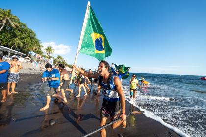 Maratónicas Carreras SUP y Paddleboard Coronan Cuatro Campeones Mundiales