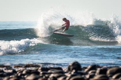 El SUP Surfing Toma El Sunzal, Las Medallas de Hombres y Mujeres Definirán Quién Se Lleva el Título Mundial por Equipos