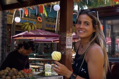 Meet Chloe Calmon  – Brazil