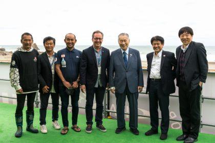 President of Tokyo 2020 Yoshiro Mori visits Tahara.